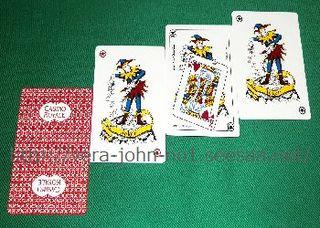 CASINO-ROYALE-TRUMP-007-3JOKERCARD-350-250.jpg